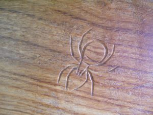 spider carving